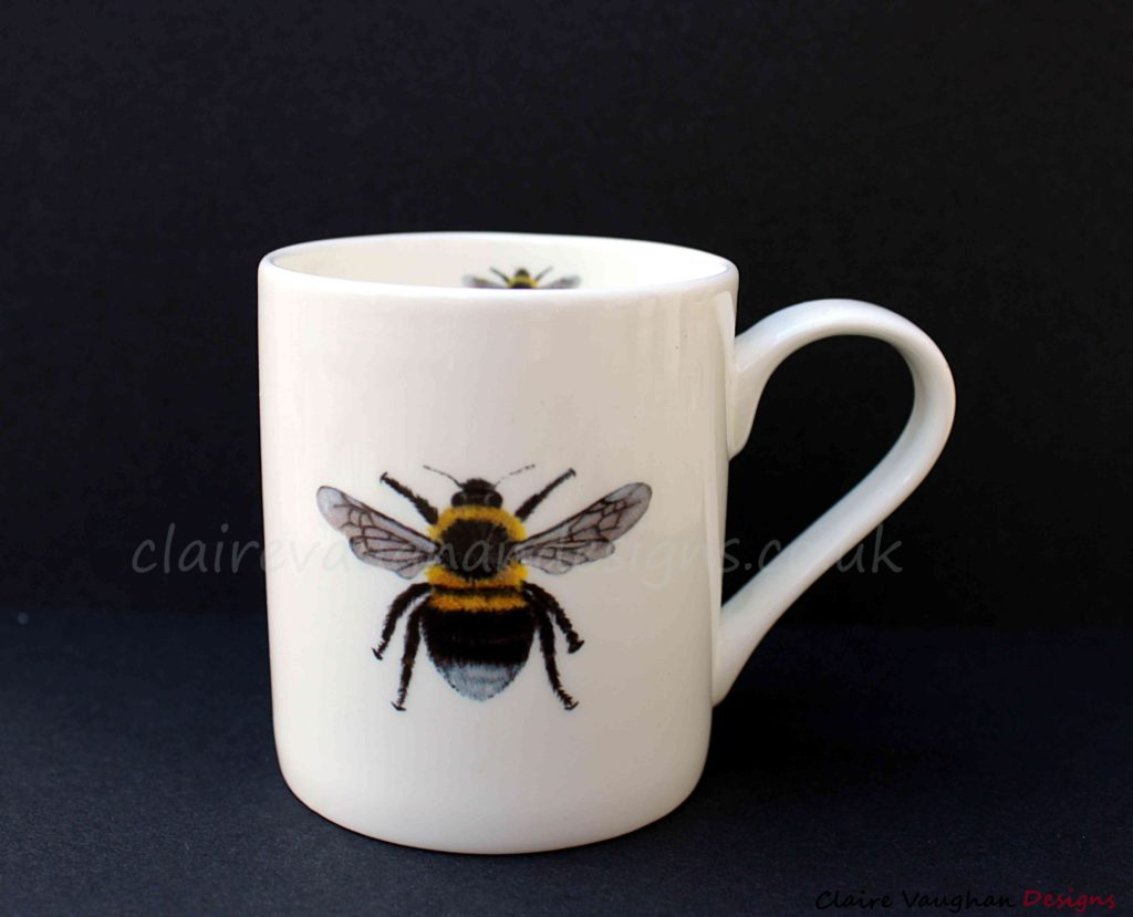008 QUICK Mugs Colour Bee claire vaughan
